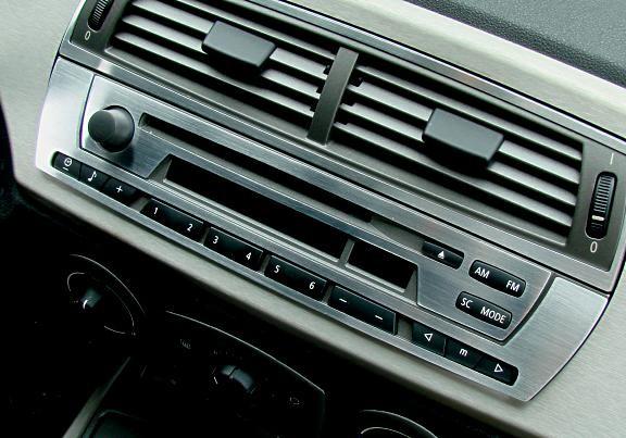 Zweiteilige Radioverblendung für Business CD Radio